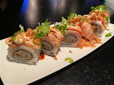 Foto Flamed ebi salmon roll 8st
